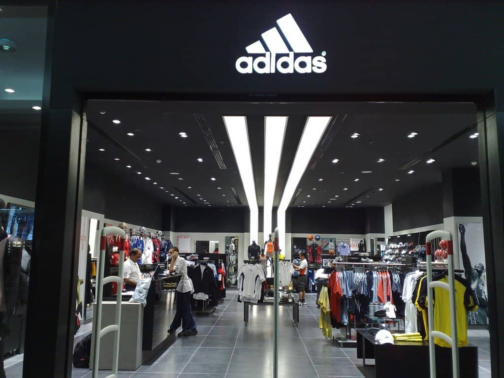 adidas outlet roma