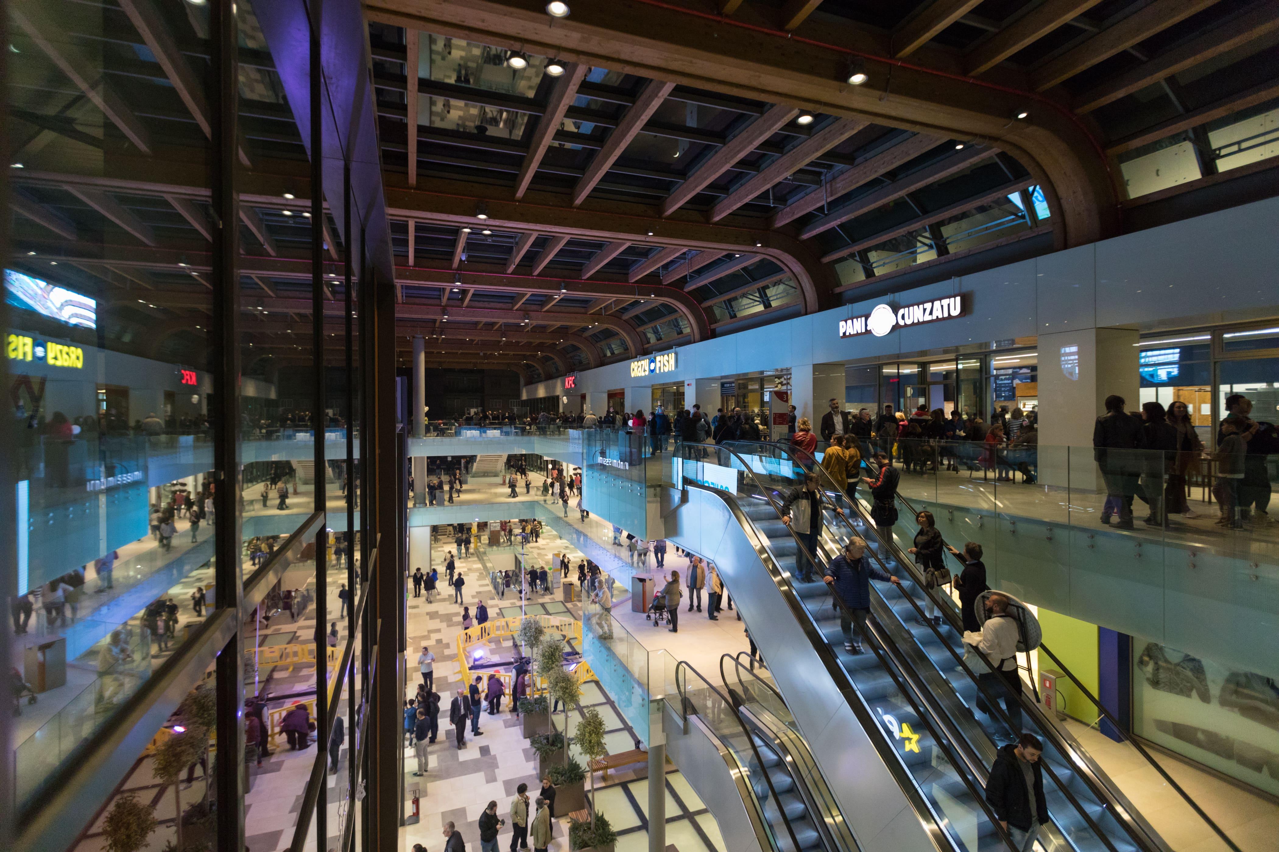 aura il nuovo centro commerciale di roma